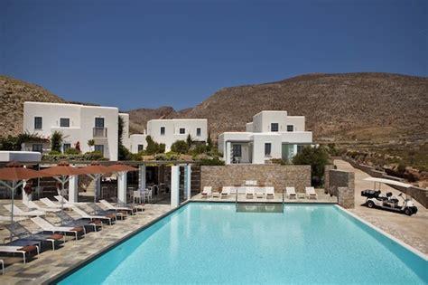 flexform canapé l anemi hotel sur l île de folegandros l adresse chic et