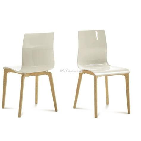 les chaises com chaise plastique bois gel et chaises design de salle à