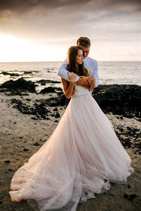 rugged hawaiian wedding    big island junebug