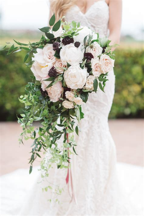11 Beautiful And Inspirational Bridal Bouquets For Your