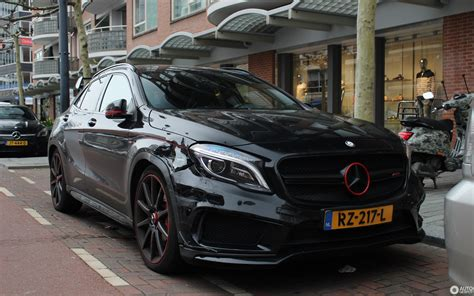 A cockpit worthy of the name. Mercedes-Benz GLA 45 AMG Edition 1 - 22 March 2019 - Autogespot