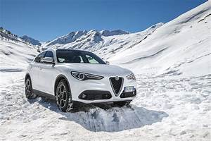 Stelvio Alfa Romeo : 2018 alfa romeo stelvio priced from 41 995 in the us ~ Gottalentnigeria.com Avis de Voitures