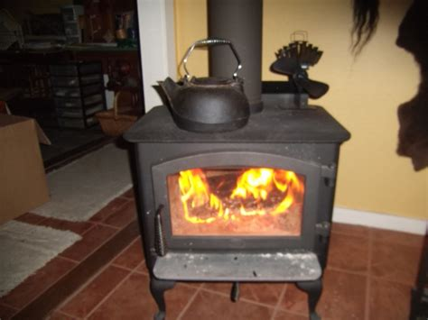 wood stove fans on top of stove caframo ecofan ultraair 810 heat powered wood stove fan