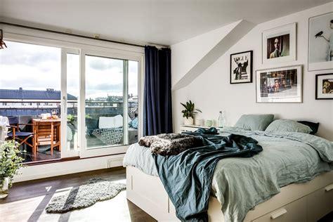 kleine bank für balkon klein balkon inrichten met een vaste bank tafel 233 n hangmat inrichting huis