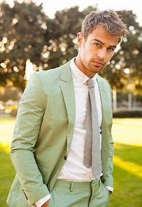 Theo James May Actually Be A Mythological God | Theo James ...