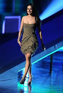 Mila Kunis Photos - 2011 People's Choice Awards - Show ...