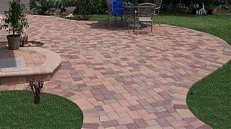 Paving Ideas For Backyards by Paving Backyard Lowe S Concrete Pavers