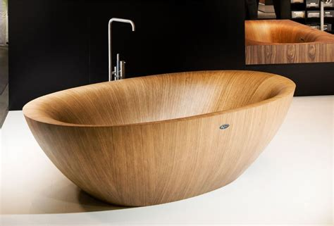 what are bathtubs made of elegant bathtubs made entirely of wood 171 twistedsifter