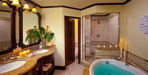 swim  crystal lagoon suites  sandals negril  jamaica