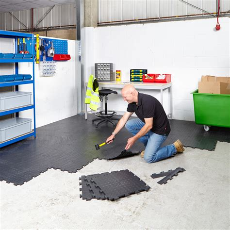 vinyl flooring garage interlocking vinyl floor tiles flooring heavy duty gym garage schools workshop ebay
