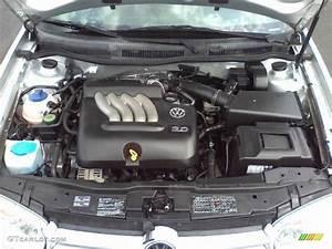 2005 Volkswagen Golf Gls 4 Door 2 0 Liter Sohc 8