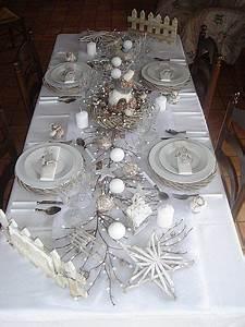 Table De Noel Blanche : tables noel 2010 home decoration pinterest noel no l blanc et table de no l ~ Carolinahurricanesstore.com Idées de Décoration