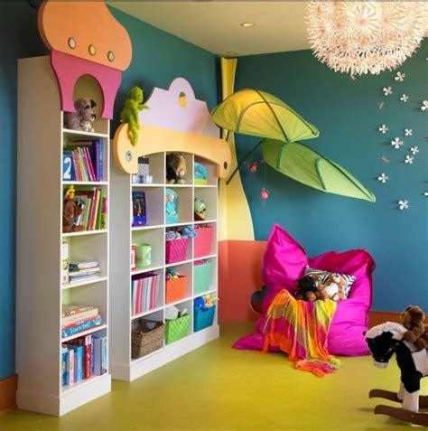 Spielecke Kinderzimmer Gestalten by Kinderzimmer Bunt Gestalten