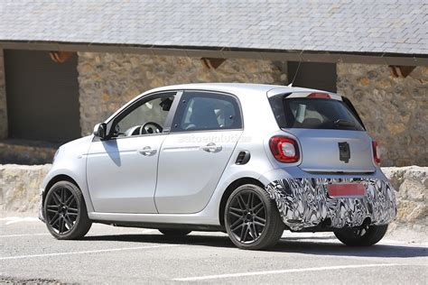Smart Forfour Brabus Spotted Again, Looks Ready To Step Up