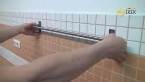 Auf Fliesen Kleben : tapezieren mit anleitung und tipps kein problem ~ Lizthompson.info Haus und Dekorationen