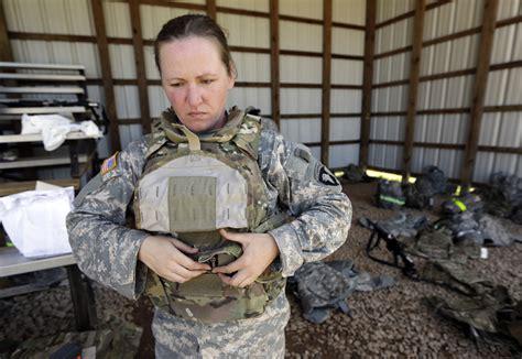 years     military women  combat