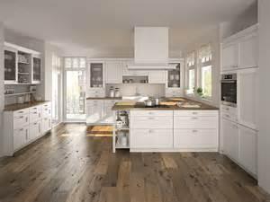 küche weiß quot nebraska quot moderne landhausküche in weiß als offene küche