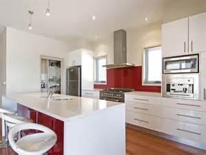 australian kitchen ideas hardwood in a kitchen design from an australian home kitchen photo 395717
