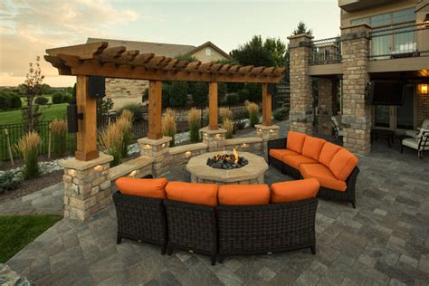 5 Ways To Create A Great Outdoor Entertaining Space