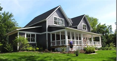 shaped house carpentryporches day