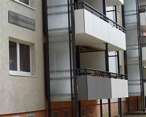 sichtschutz windschutz wurzen leipzig fischerbalkone With markise balkon mit beton tapete