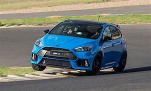 Ford Focus Rs Bleu : ford focus rs limited edition behind the wheel of the final rally warrior ~ Medecine-chirurgie-esthetiques.com Avis de Voitures