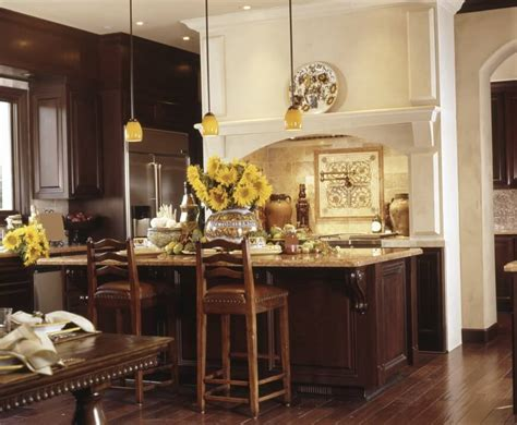 tuscan style kitchen cabinets 34 kitchens with wood floors pictures 6407