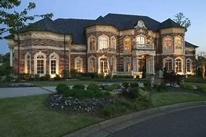 Luxury Homes - Details for Luxurious Estate - Lake Windward