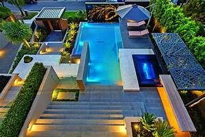 Contemporary, Home, In, Melbourne, With, Resort, Style, Modern
