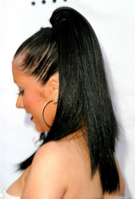 Christina Aguilera | Long black hair with extensions