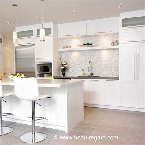 cuisine armoires blanches 1000 ideas about armoire de cuisine on