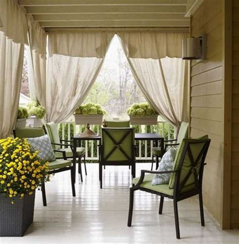 Outdoor Drapes by Create A Dramatic Look To Your Patio With The Outdoor