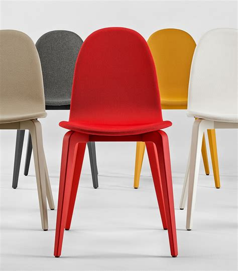 les chaises com seanroyale c 39 est aussi les chaises et fauteuils en tissu