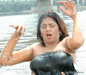 Telugu actress hot photos bhuvaneswari hot bath pics for Sexy pic in bathroom