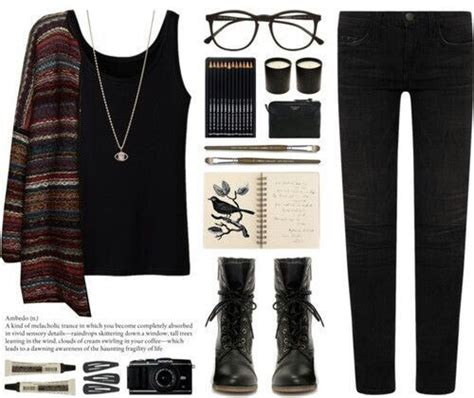 Aesthetic clothes grunge outfits pale - image #4498993 by helena888 on Favim.com