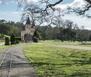Jackson's Neverland Ranch up for sale after $33m price cut ...