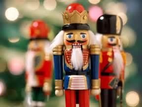 nutcrackers christmas wallpaper 2735743 fanpop