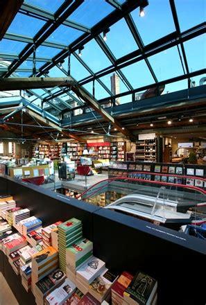 Libreria Ambasciatori by Weekend A Bologna Vogue It