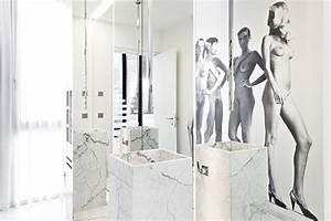 Art for bathrooms 2017 grasscloth wallpaper for Bathroom wall art