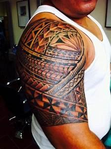 Tatouage Tribal Maorie : tatouage wallisien femme ~ Melissatoandfro.com Idées de Décoration