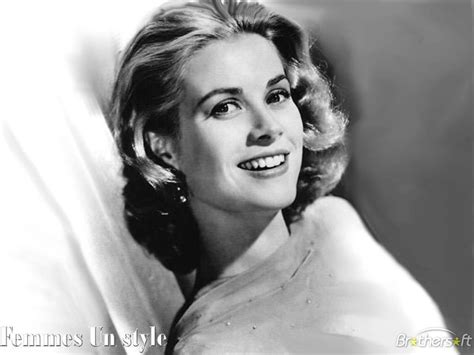 Café Crème: I Want To Be Like Grace Kelly
