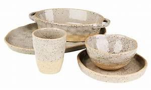Vaisselle En Grès : d co naturelle vaisselle en gr s loveuse mandalas et tirelire en bois happiness maker ~ Dallasstarsshop.com Idées de Décoration