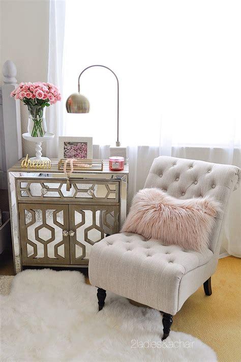 bedroom decorating ideas    home decor