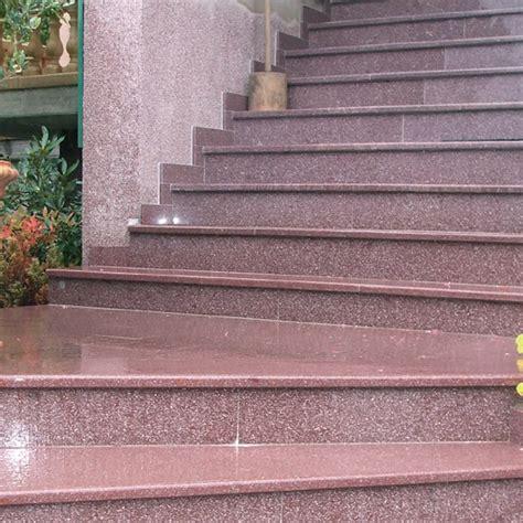 marche d escalier exterieur marches d escalier granit blocs marches escaliers