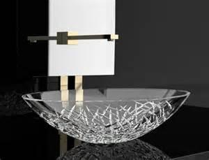 vasque en verre pour salle de bain la vasque en verre fonctionnelle et tr 232 s d 233 co archzine fr