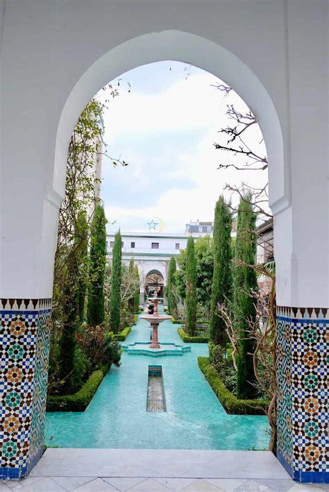 #mosquée de paris #paris #mosque #blue #prints #beautiful #pattern. La Grande Mosquée de Paris et ses jardins