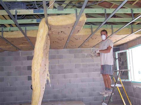 isolation plafond chambre travaux de pose de placo platre multiservices méze