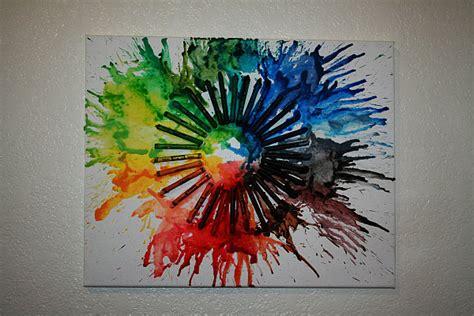 diy melted crayon art    family