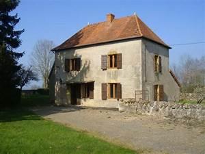 maison typique pierre jardin de charme vue cachet With amenagement de jardin avec des pierres 18 cave vo251tee en pierres