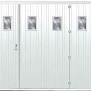 Comparatif materiaux porte de garage alu pvc bois ooreka for Porte de garage coulissante avec porte pvc